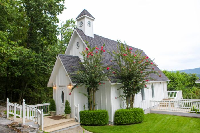 The Wedding Chapel On Mountain Which Was Founded In 1997 Is Located Five Miles From Downtown Huntsville And Overlooks Beautiful Monte Sano State