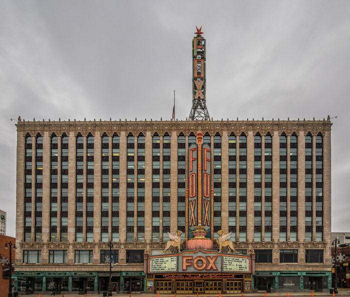 Fox Theater Mi: 12 Best Attractions In Downtown Detroit