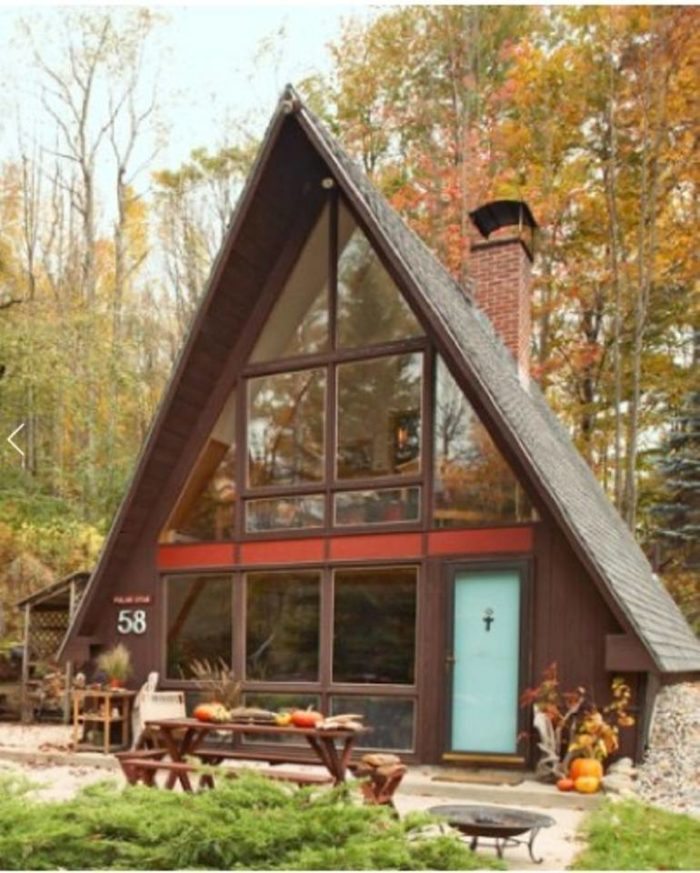 90 Incredible Modern Farmhouse Exterior Design Ideas 12: The 12 Most Unique AirBnB Rentals In New Hampshire