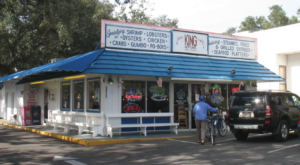 These 9 Hole In The Wall Seafood Restaurants In Alabama Will Take Your Taste Buds To A Whole New Level