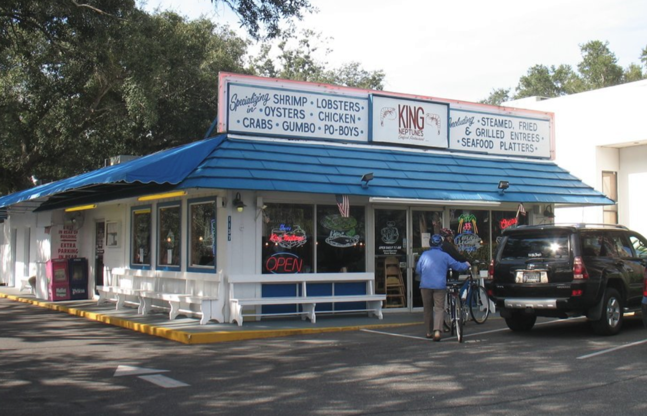 9 Delicious Hole In The Wall Seafood Restaurants In Alabama