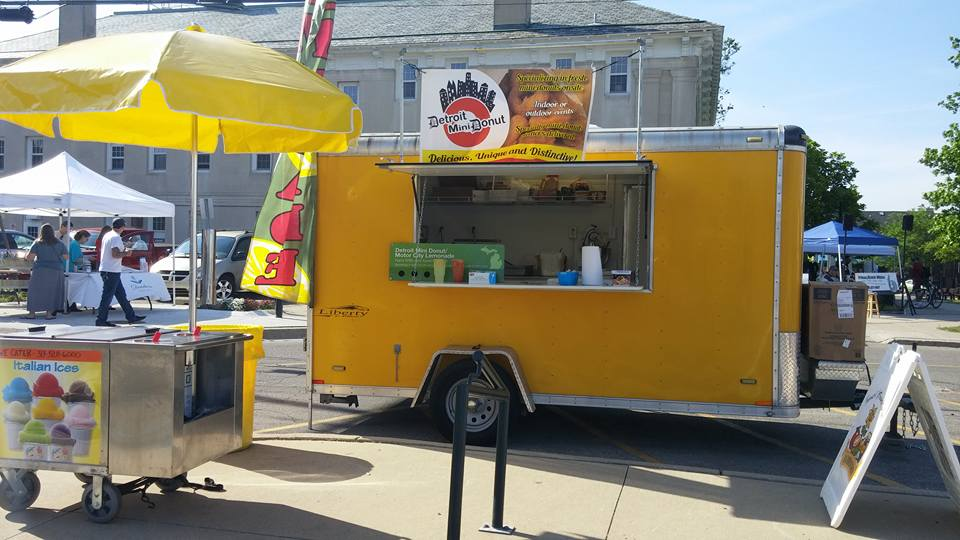 The Detroit Food Truck That Serves Donuts To Die For