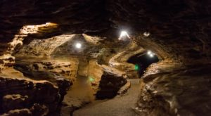 6 Caves Near St. Louis That Are Like Entering Another World