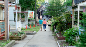 The Small Town In New Jersey That Transforms Into A Magical Harry Potter Wonderland