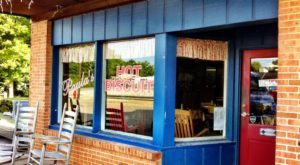 You'll Fall In Love With This Classic Mom & Pop Restaurant In Small Town Kentucky