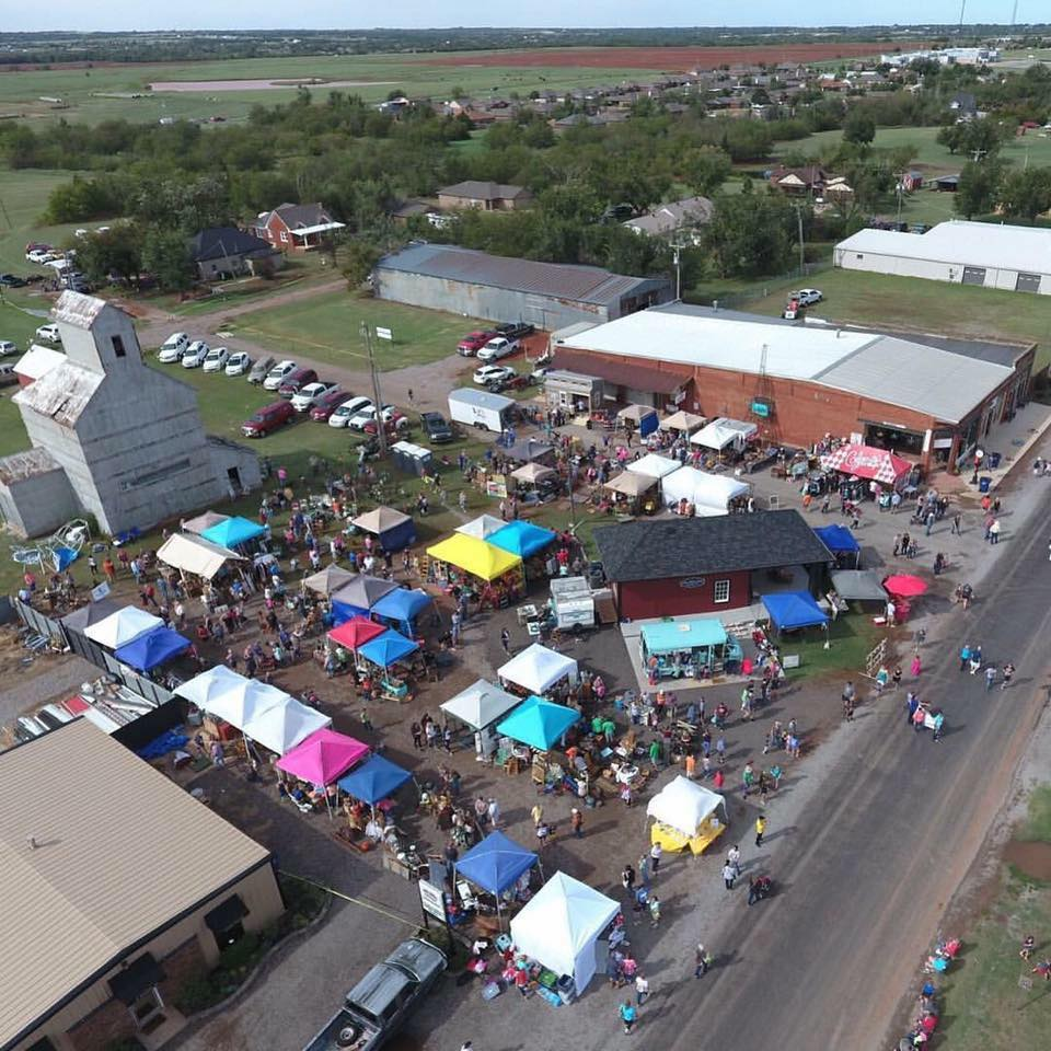 Flea Market Miami >> Junklahoma: The Outdoor Flea Market In Oklahoma Where You'll Find Awesome Stuff
