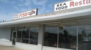 This Fish Market In Oklahoma Is A Local Legend And You'll Want To Visit It