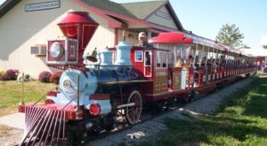 The Pumpkin Patch Train Ride In Missouri That's Perfect For A Fall Day