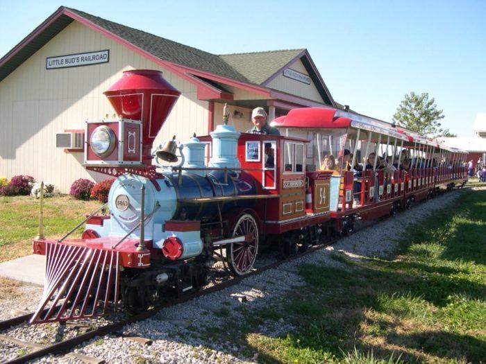 Pumpkin express train ride | nickel plate express.