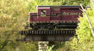 This Antique Coach Excursion Will Take You Through Pennsylvania's Fall Foliage