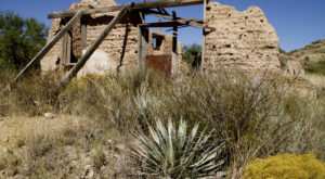 Nature Is Slowly Reclaiming This Arizona Ghost Town And You'll Want To Visit