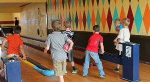 There's Only One Remaining Duckpin Bowling Alley In All Of Nebraska And You Need To Visit