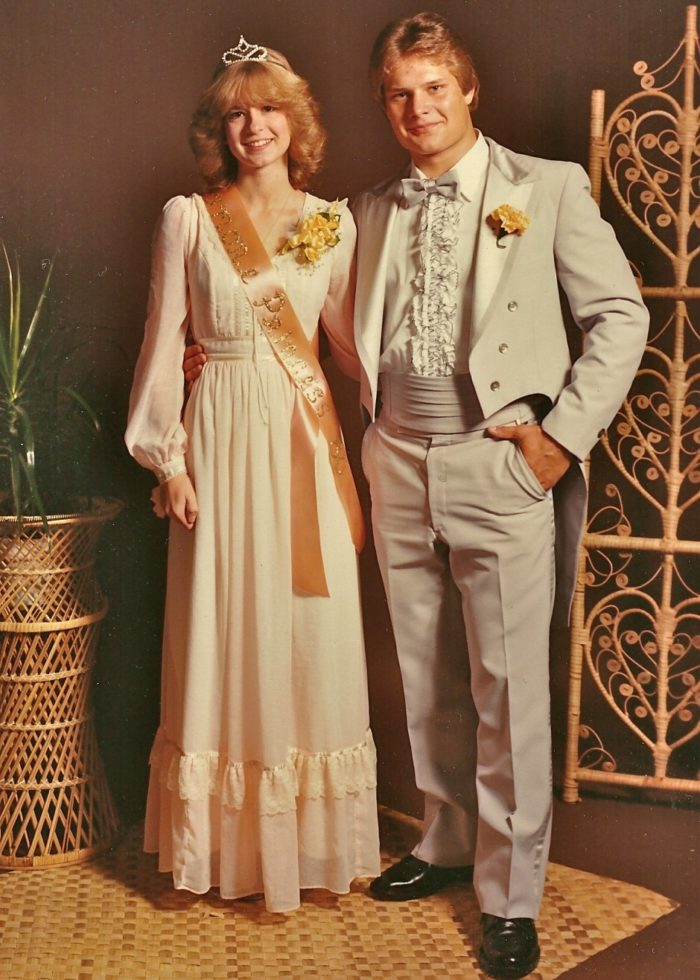 19 things you 39 ll remember if you grew up in the 80s in for Vintage wedding dresses fort worth
