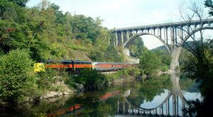 This Wine-Themed Train Near Columbus Will Give You The Ride Of A Lifetime