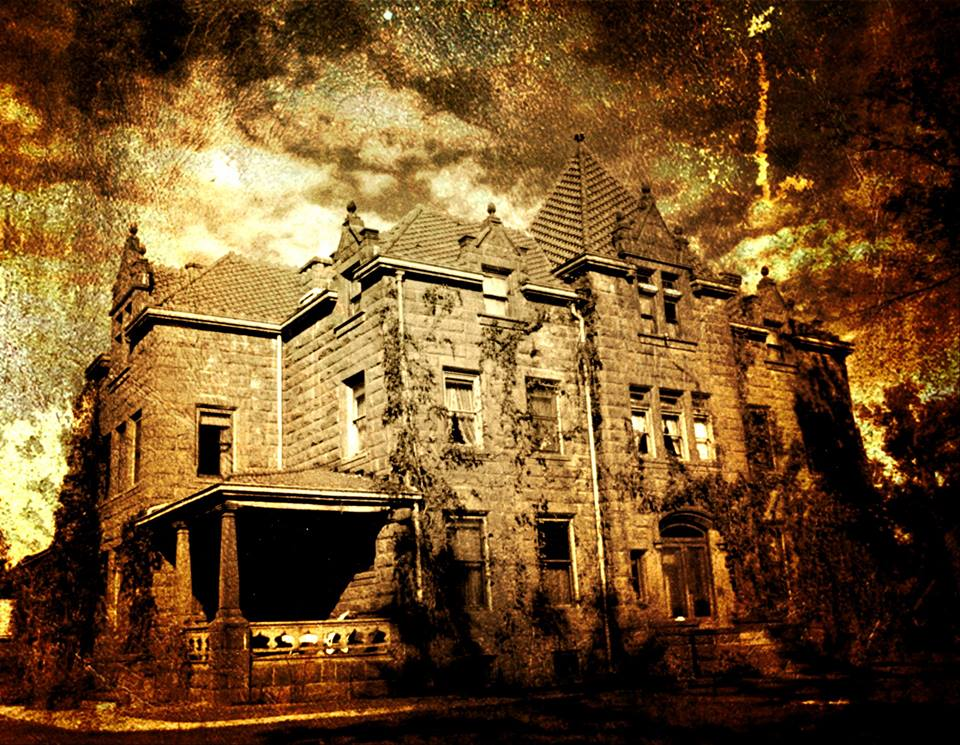 4 Haunted Houses In Montana That Will Terrify You In The