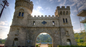 Most People Don't Know The True Story Behind This Cincinnati Castle
