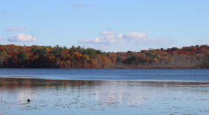 The One Hikeable Lake Near Boston That's Simply Breathtaking In The Fall