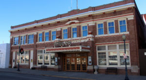 9 Spine-Tingling Hauntings Said To Be True In New Mexico