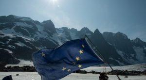 Most People Don't Know The Story Behind Alaska's Flag And The 13-Year Old Boy Who Created It