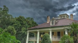 The Louisiana Ghost Story That Will Leave You Absolutely Baffled