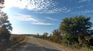 This Winding Highway Reveals Iowa's Bewitching Natural Beauty