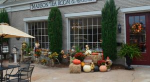 This Rare Tea House In Georgia Brings Old Fashioned To The Fall Forefront