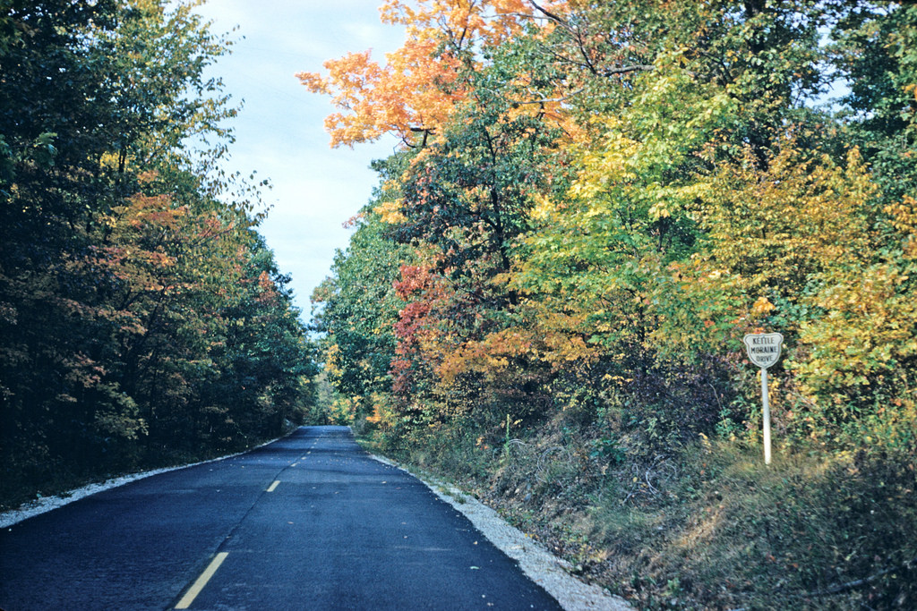 The Skyline Drive Near Milwaukee That Will Show You Fall