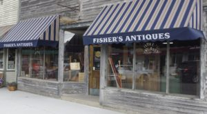 Here's The Perfect Weekend Itinerary If You Love Exploring Indiana's Best Antique Stores
