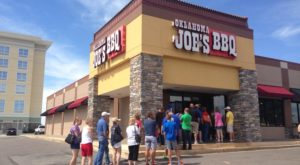 13 Famous Restaurants In Kansas That Are So Worth Waiting In Line For