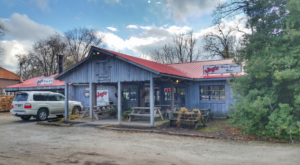 The BBQ Is Lip Smackin' Good At This Rustic Restaurant In Small Town Kentucky