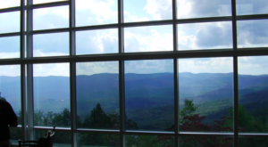 The View From This Georgia Restaurant Is One Of The Most Beautiful In The World