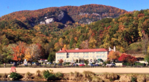 Most People Have No Idea This Gorgeous North Carolina Hotel Is Actually Haunted