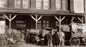14 Photos That Show How Much DC Has Changed… And How Much It Hasn't