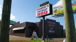 Florida's Most Patriotic Restaurant Offers A Dining Experience Unlike Any Other