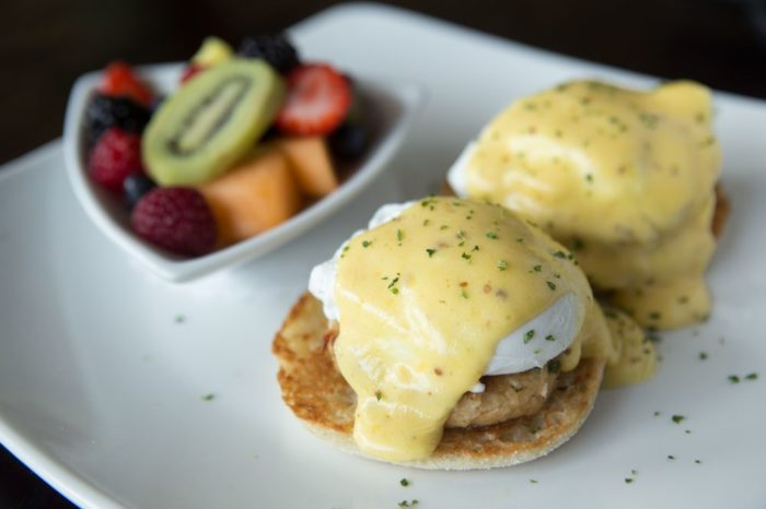 9 best restaurants for brunch in charlotte for Terrace restaurant charlotte