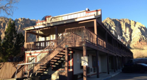 There's A Themed Hotel In The Middle Of Nowhere In Nevada You'll Absolutely Love