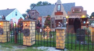 7 Halloween Displays In Ohio That Will Terrify And Enchant You