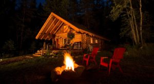 8 Rustic Cabins In Idaho That Are Perfect For A Cozy Staycation
