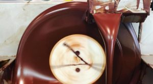 The Chocolate Factory Tour In Arkansas That's Everything You've Dreamed Of And More