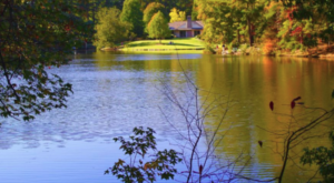 The One Enchanting Place In Alabama That Must Go On Your Fall Bucket List Immediately