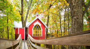 Sleep Underneath The Forest Canopy At These Epic Treehouses Near Columbus
