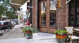 You'll Never Run Out Of Things To Do In This Charming Neighborhood In Philadelphia