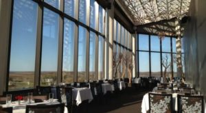 The View From This Michigan Restaurant Is One Of The Most Beautiful In The World