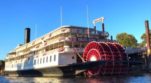 This Hotel In Northern California Is Actually A Boat And You Need To Visit