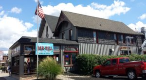 The Tiny Town Near Buffalo With The Most Scrumdiddilyumptious Restaurants