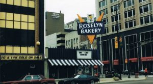 7 Stores That Anyone Who Grew Up In Indiana Will Undoubtedly Remember