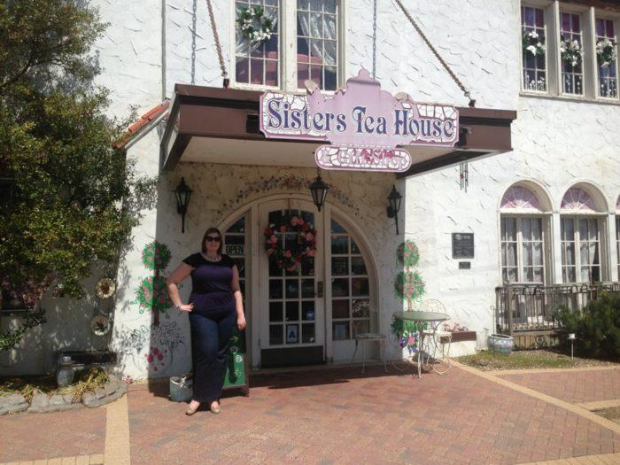 6 Best Tea Rooms In St Louis