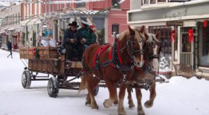 The One Town Near Denver That Turns Into A Winter Wonderland Each Year