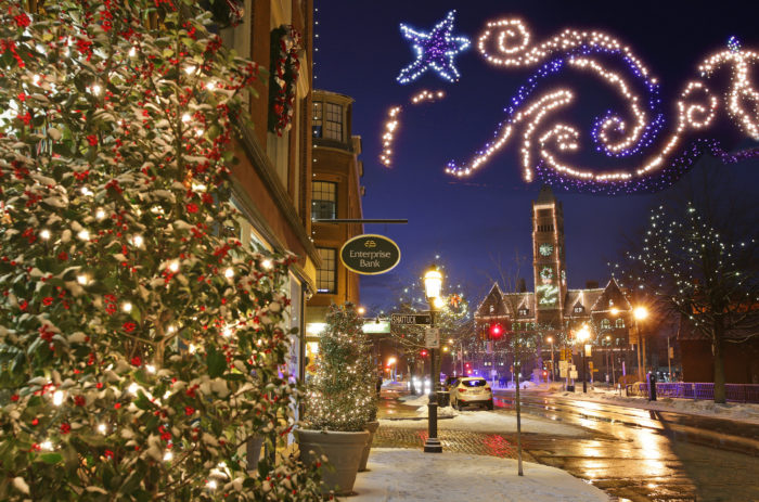8 Best Christmas Main Streets Near Boston 2017