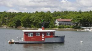 There's A Floating Hotel In Maine You Have To See To Believe